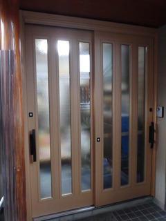玄関扉の交換工事