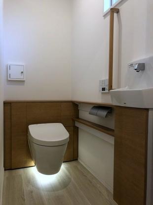 病院の和式だったトイレを洋式にリフォーム