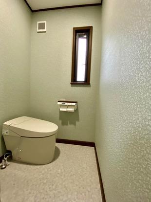 サティスS ナチュラルでシックなトイレに変貌