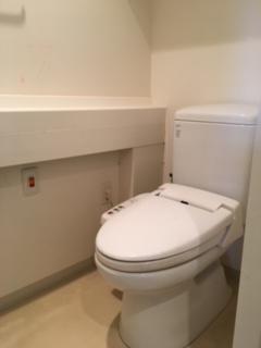 施工前トイレ.jpeg