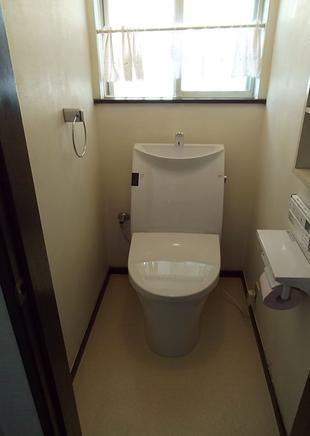 トイレ・洗面化粧台交換でスッキリとした印象に