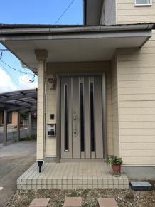 これからの暮らしに安心をワンプラス+ (^^)v 玄関・勝手口ドア交換で防犯対策 ヘッダー工法で漏水対策