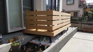 所沢市久米 非木材のウッドデッキで快適なお庭に