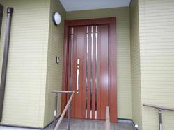 開閉しにくいドアをより快適な玄関ドアに!