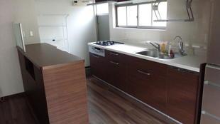 スッキリ収納で楽しく明るいキッチンになりました
