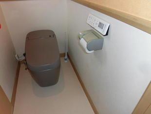 市川市 先進の機能と上品な空間のあるトイレリフォーム