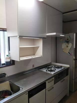江戸川区 システムキッチンのコンロ・換気扇入替及び電動吊戸棚設置