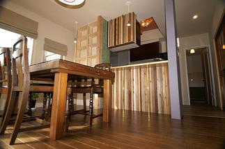 アンティーク家具とモダーンデザインのマッチング