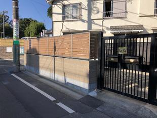 目隠しフェンスを設置し明るくスッキリとした門まわりに!