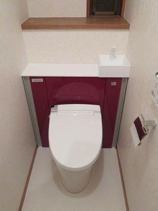 トイレのうしろがスッキリ  LIXILリフォレにお取替え  世田谷区K様邸