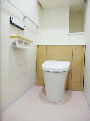 空間すっきりの収納一体型トイレにお取替え 大田区A様邸