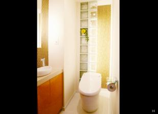 八王子市N様邸 トイレ空間も花のある暮らしでリラックス