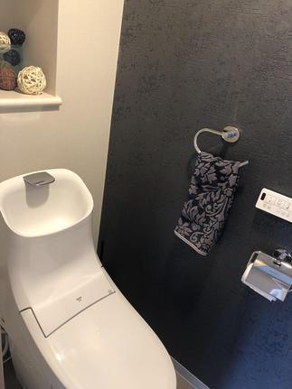 家全体の雰囲気に調和されたトイレ空間