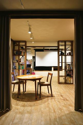 おしゃれで居心地の良い「猫カフェスタイル」の空間