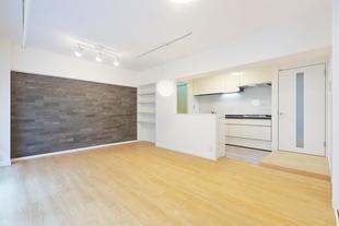リノベーション~白を基調にしたオープンキッチン~