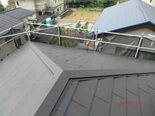 屋根重ね葺き工事
