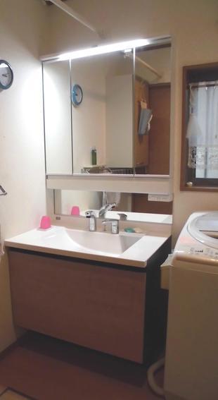藤沢市S様邸 洗面化粧台ルミシス ボウル一体型