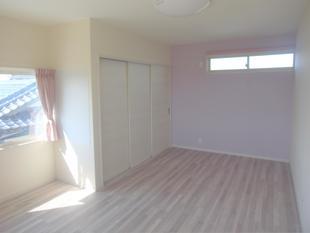 和室を洋室へ改装し子供部屋へ