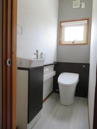 機能的なトイレ空間へ一新
