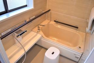 暖かくてお手入れしやすい浴室へ大変身
