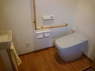 寝室の押入れをトイレに