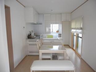 キッチン施工例 キッチンをワクワクする空間へ