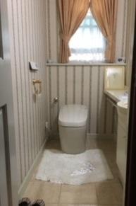 古くなったトイレを清掃性重視でリフレッシュ