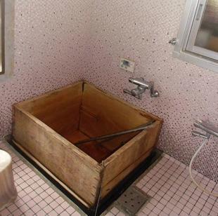 お風呂の水漏れ 取替え工事
