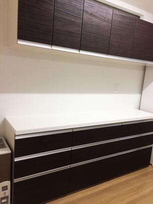 長く使えるキッチン収納を設置