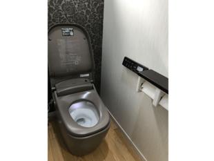 こだわりのスタイリッシュなトイレ空間へリフォーム