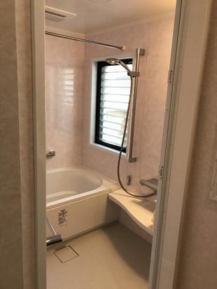 快適でお手入れし易い浴室へリフォーム