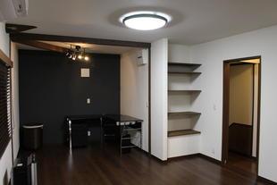 2階和室全室を落ち着いた洋室に