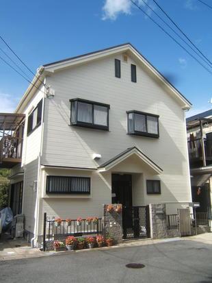 外壁・屋根の塗り替えで強く美しく