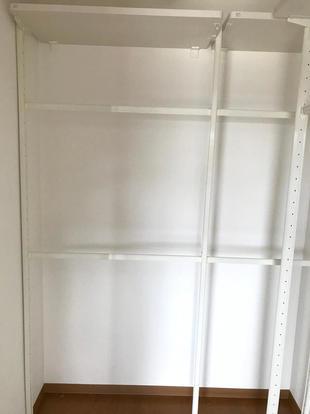 和室の押入を改装してウォークインクローゼットにしました。