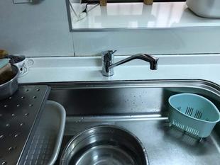 キッチン水栓の交換を行いました。
