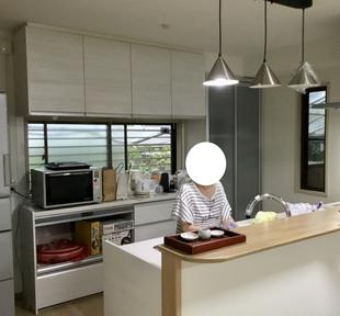 家族の顔が見えるキッチン