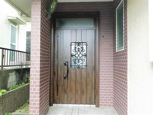 断熱性能のあるLIXILの玄関ドア『リシェント』で冷暖房効果アップ⤴
