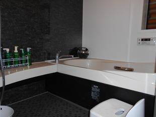 タイルの浴室をユニットバスにリフォーム