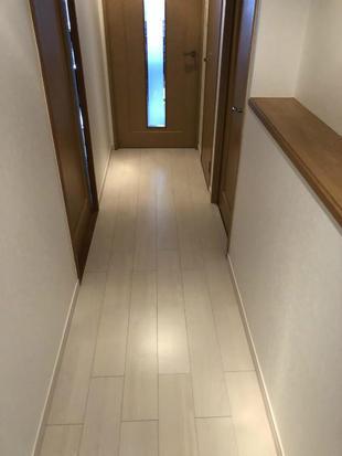 マンション廊下の天壁床すべてやり替えました。