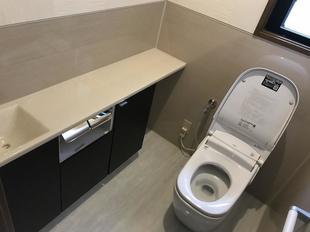清掃性・脱臭力・デザイン全てを兼ね備えた 北九州市八幡西区K様邸 トイレリフォーム