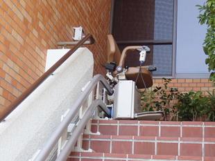 外部階段昇降機設置