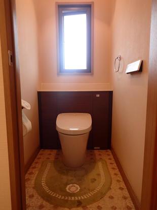 リフォレに交換でトイレ大変身