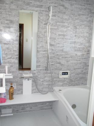 ゆったり入れる浴室・洗面化粧台リフォーム工事