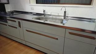 リシェル システムキッチン工事完成しました!