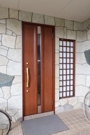 リシェント玄関ドア工事!