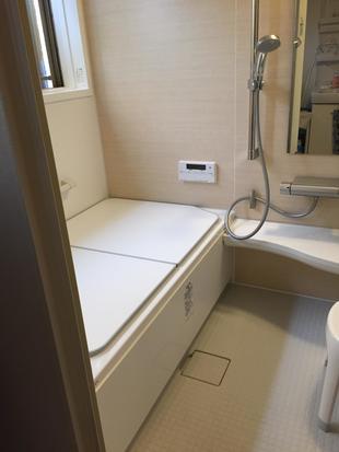 冷たかったタイルの浴室から システムバスへ(LIXIL アライズ)