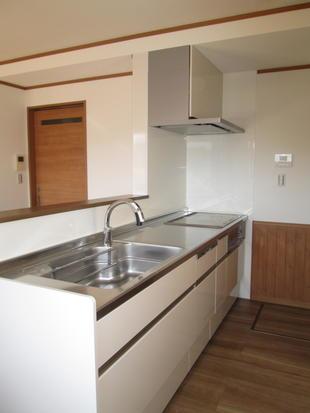システムキッチン「アレスタ」で対面キッチンへ