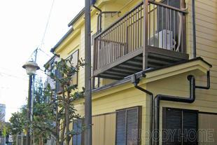 耐候性・耐汚染性能の高い外壁塗装と重ね葺きによる屋根リフォーム
