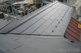 軽くて強いガルバリウム鋼鈑屋根