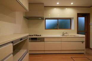 寒い北側のキッチンをリフォーム